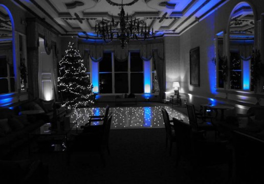 White Starlit Dance Floor at Ettington Park Hotell
